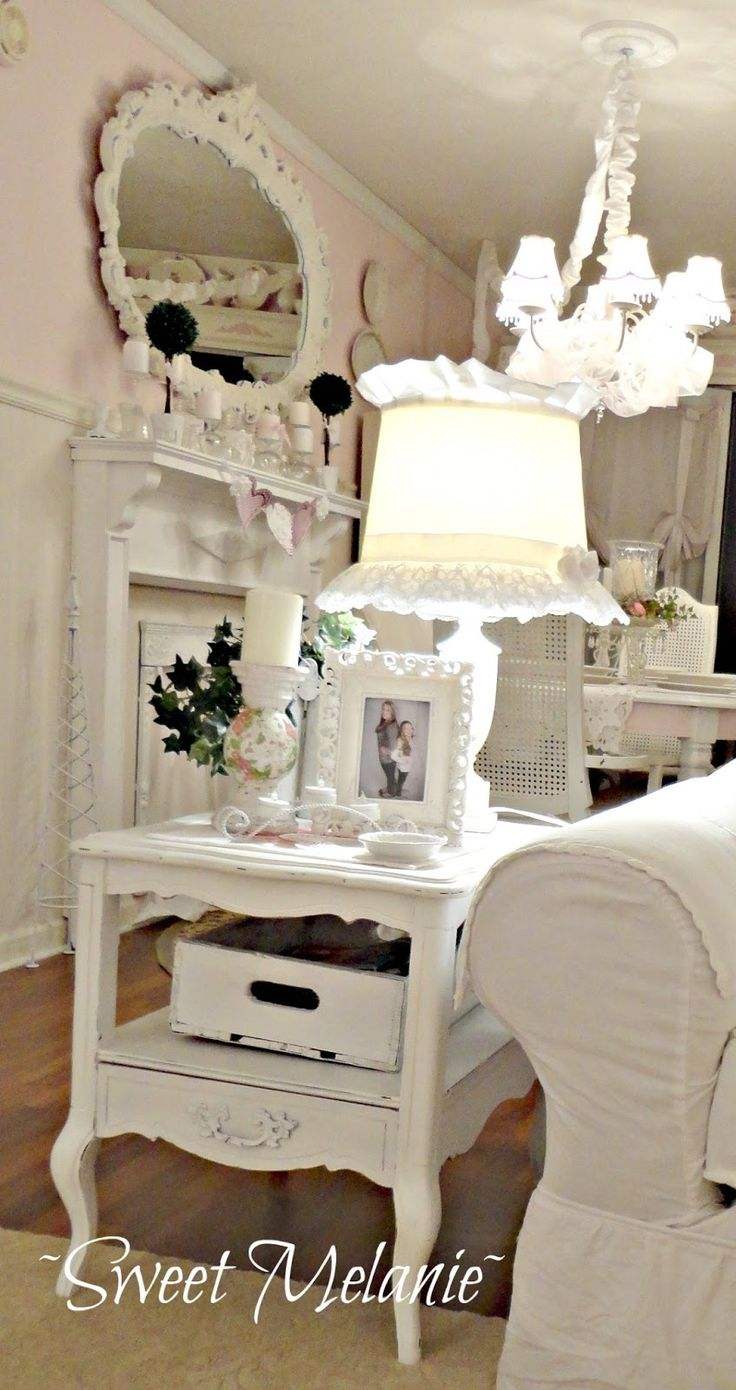 25 best ideas about black shabby chic on pinterest - Casa de hello kitty ...