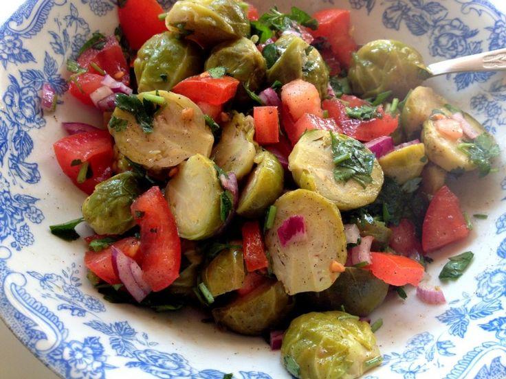 Brussel sprouts salad / Sałatka z brukselki
