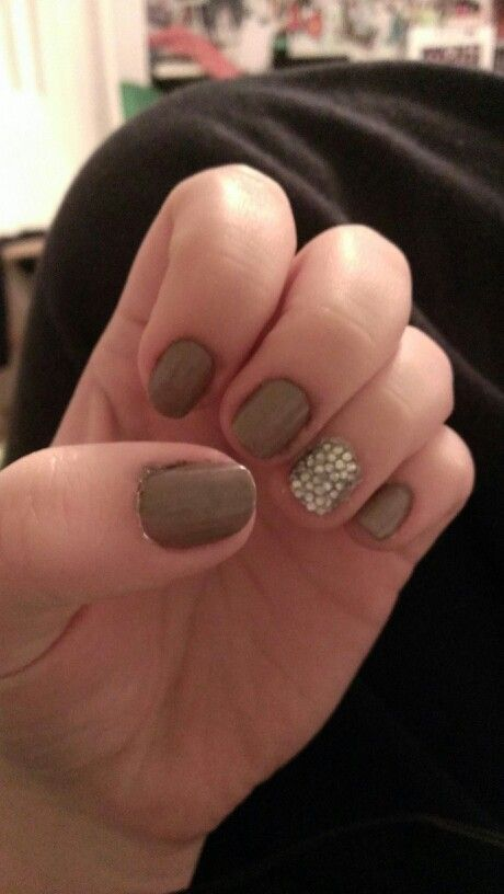 1000+ ideas about Brown Nail Polish on Pinterest | Fall ...