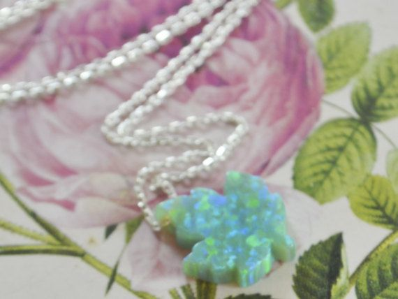 GREEN OPAL LEAF maple Leaves Necklace gift to canadian tree