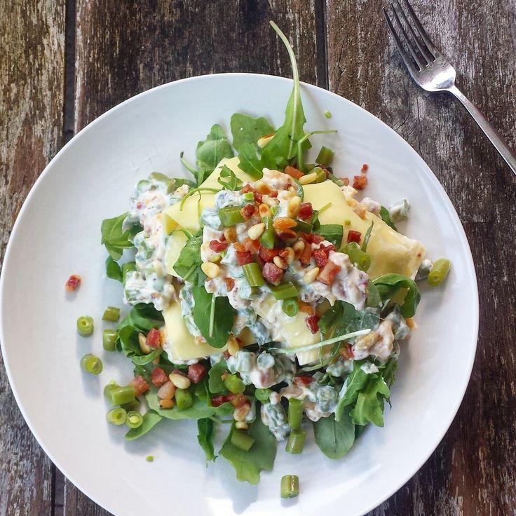 Zomerse lasagne met Ricotta, Doperwte of sperziebonen, pancetta en nectarine.   Super lekker!   #recipe #summer   Recept op http://eatcooklove.nl/zomerse-lasagne/