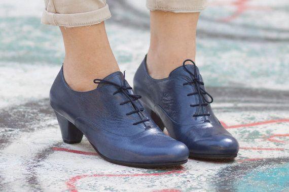 Blu scarpe di cuoio in pelle francesine con tacco di BangiShop