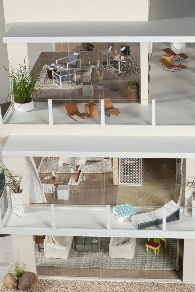 Modern Mini Houses: MCHUCLA: Contemporary Beach House 2 by Chris Barrett and Ron Woodson & Jaime Rummerfield, Landscaping by Inner Gardens