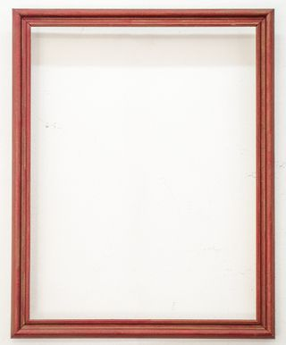 Marco Pátina Colorada Medida Exterior: 52,5x41,5 cm. Medidas Interior: 36,5x47x5 cm. Varilla: Italiana de 3cm. patina colorada.