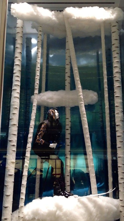 Hermes shop window in Dubai mall!