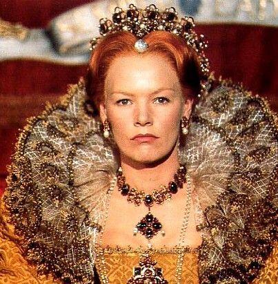 Glenda Jackson in the beautiful role of Queen Elizabeth in Elizabeth R