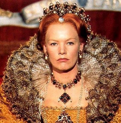 Glenda Jackson in the beautiful role of Queen Elizabeth in Elizabeth R
