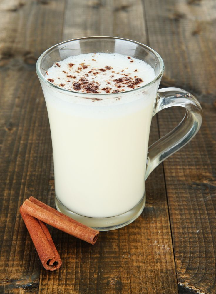 Love these creamy, warm drink/cold weather alternatives to lattes & hot coco  Kimberly Snyder Vegan Vanilla Latte