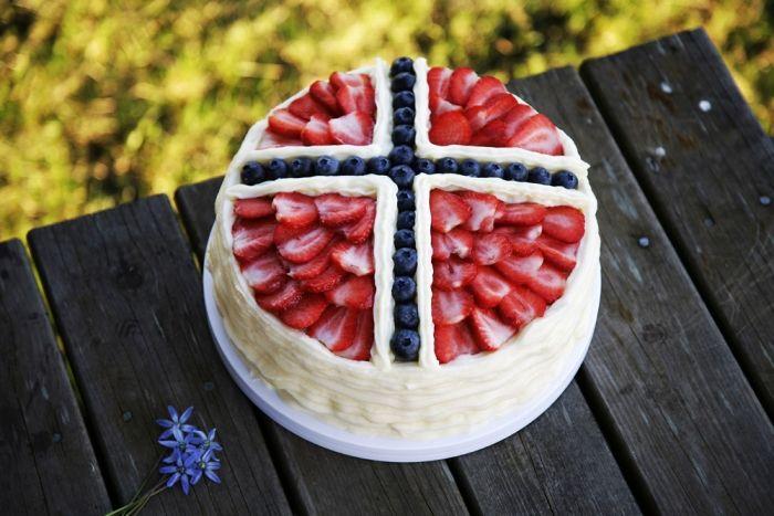 17. mai-kake i flaggets farger : Adams Matkasse
