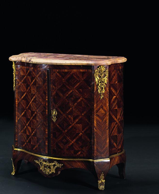 78 best images about mobilier xviii on pinterest louis - Rangement entre deux meubles ...