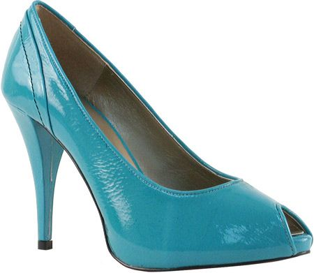 Love turquoise shoes!