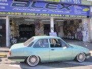 Chevette rebaixado com rodas BRW aro 17 e Suspensão Fixa
