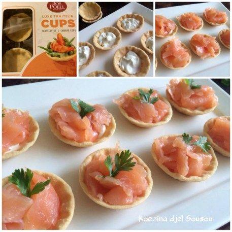 Toastcups gevuld met roomkaas en zalm, erg makkelijk hapje. Je kan ze vullen met wat je wilt. Meng bijvoorbeeld een beetje tonijn met mayonaise en misschien wat stukjes augurk en paprika erdoor, zou er super bij passen.