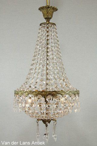 Kristallen kroonluchter 26388 bij Van der Lans Antiek. Meer kristallen lampen op www.lansantiek.com