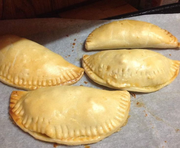 Recipe Yummy Easy Vegetarian Pasties by thermosimsa - Recipe of category Baking - savoury