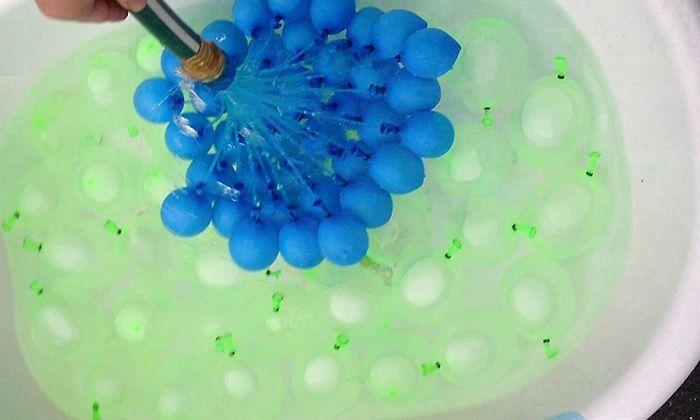 Waloo Magic Water-Balloon Maker Sets and Refill Packs | Groupon