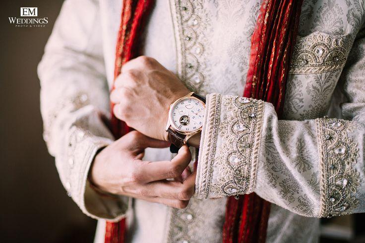Hindu Wedding. Groom detail  #emweddingsphotography #destinationweddings