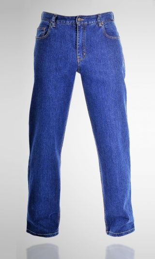 GUILD Gareth Straight Jeans blue stone   Loose through seat and thigh. It possesses a lower hip part, for those who like classically convenient jeans.It's perfect for anybody who'd like to have a pair of jeans that can be worn all day long with a modern style. The 10,5 OZ Italian fabric enhances the absolute quality look. Price 74.00 EUR