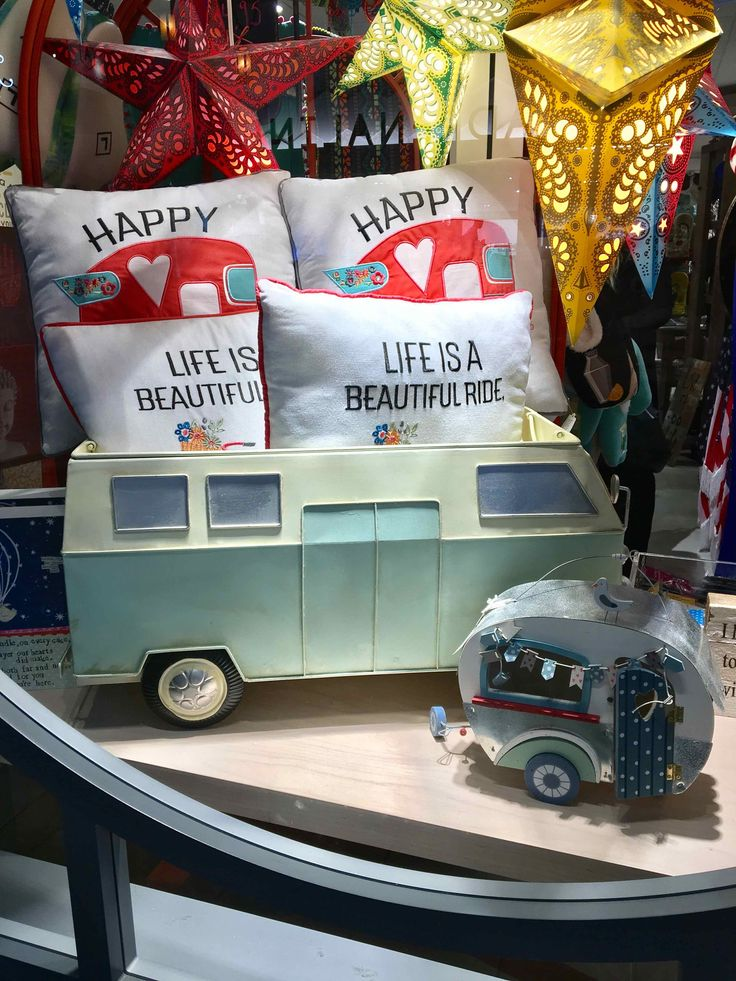 We can't really get enough of the RV Lifestyle, Christmas, or retro. This window display says it all!