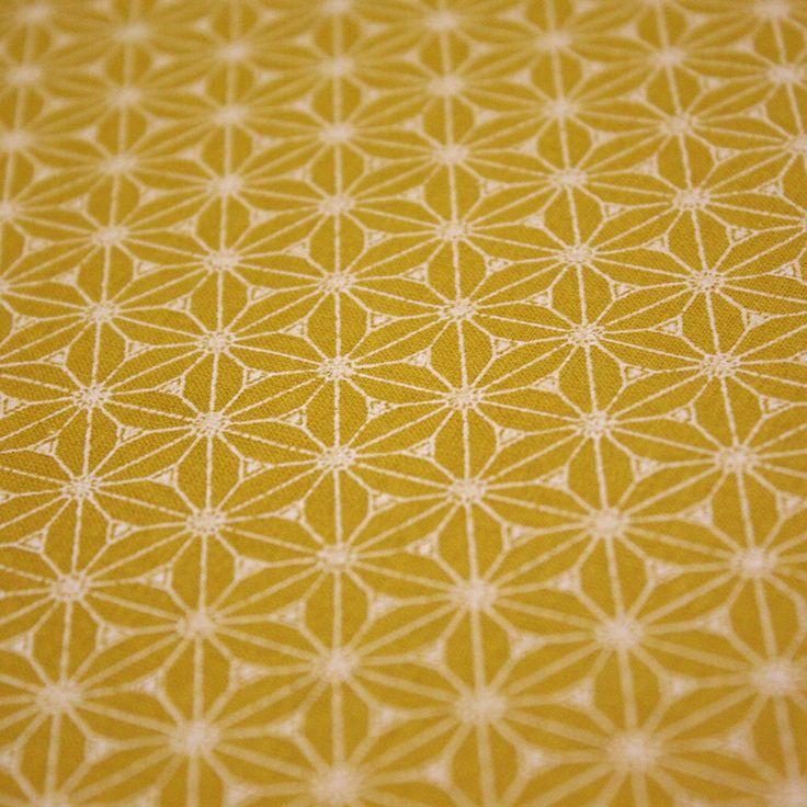 Tissu de coton japonais Fuji - Motif Asanoha jaune moutarde & blanc
