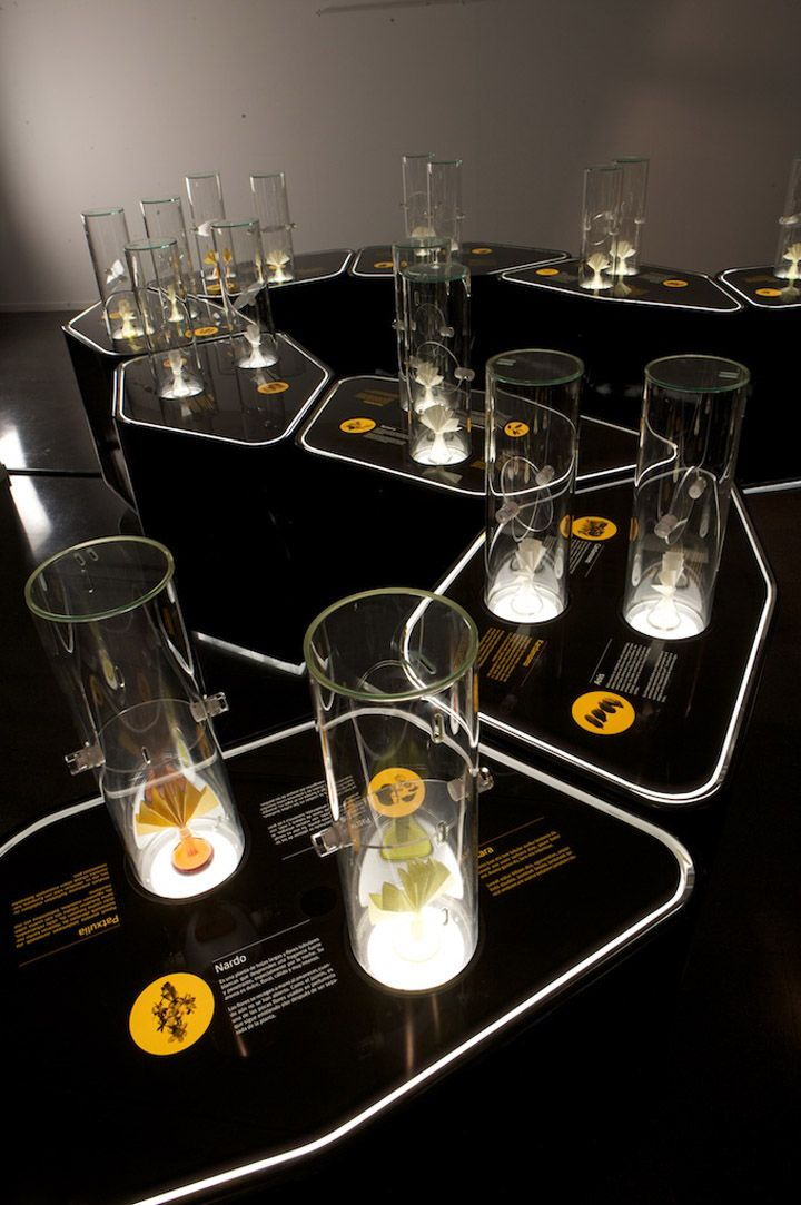 Just awesome display cases and interpretive design. Exhibition by VOL2 DESIGN, Spain