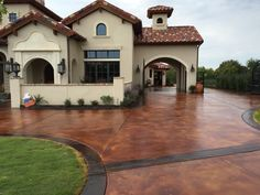 7,000 sq. ft. #Driveway in an acid stain.