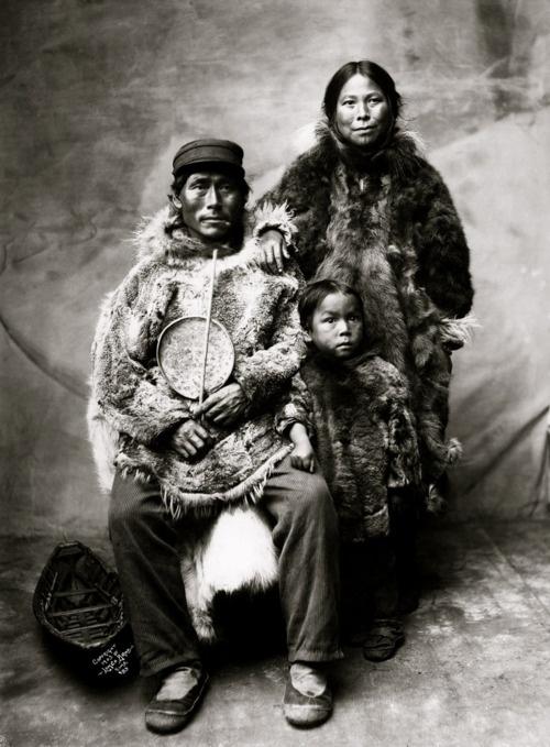 Inuit. Eskimo.