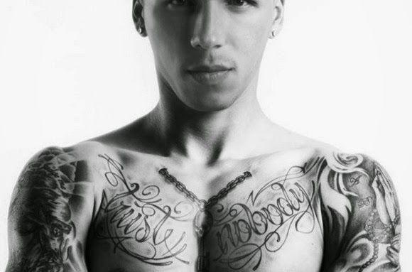 "RedTheos24: ""Χολέμπας, ο σκληρός με το πάθος για τα τατουάζ"" (..."