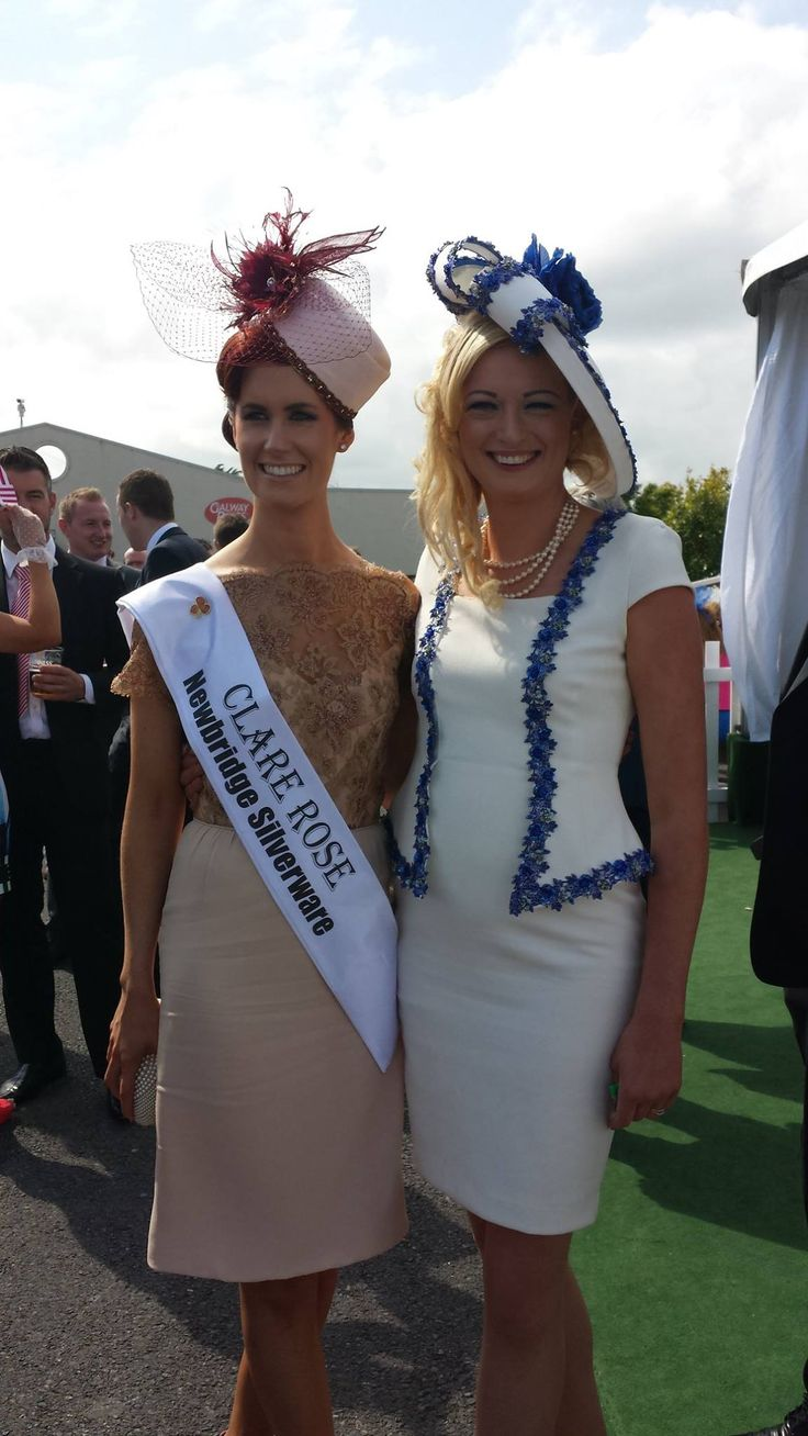 Clare Rose Joanne O'Gorman at #GalwayRaces wearing a pillbox hat by JHK Millinery.  Also pictured is Joan Heeney-Kealy of JHK Millinery.   #RoseofTralee  #IrishMilliner  #LadiesDay