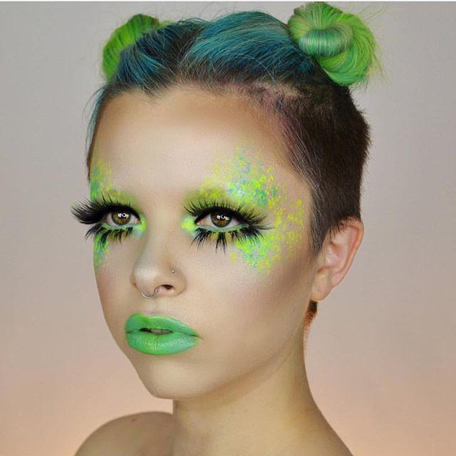 kimberleymargarita_ more space costumesalien costumesgroup costumeshalloween evehalloween makeuphalloween ideashalloween - Alien Halloween Masks