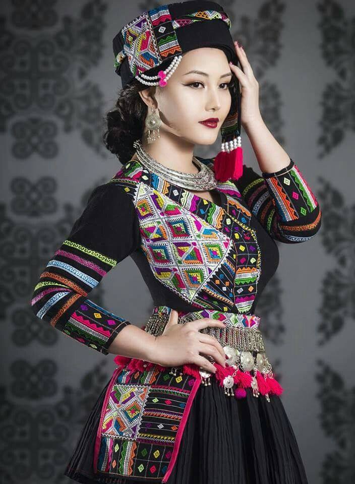 Super Gorgeous Hmong Outfit, Worn By Hmong Music Artist