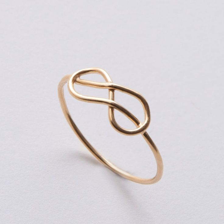 Would love this as my wedding ring!! Infinity Ring - 14k Gold Ring, Knot ring, wedding ring