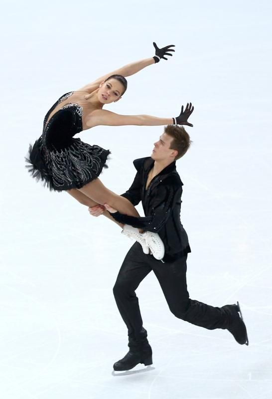 Elena Ilinykh and Nikita Katsalapov of Russia compete in the Team Ice Dance Free Dance during day two of the Sochi 2014 Winter Olympics at Iceberg Skating Palace onon February 9, 2014 in Sochi, Russia. (Photo by Clive Mason/Getty Images)