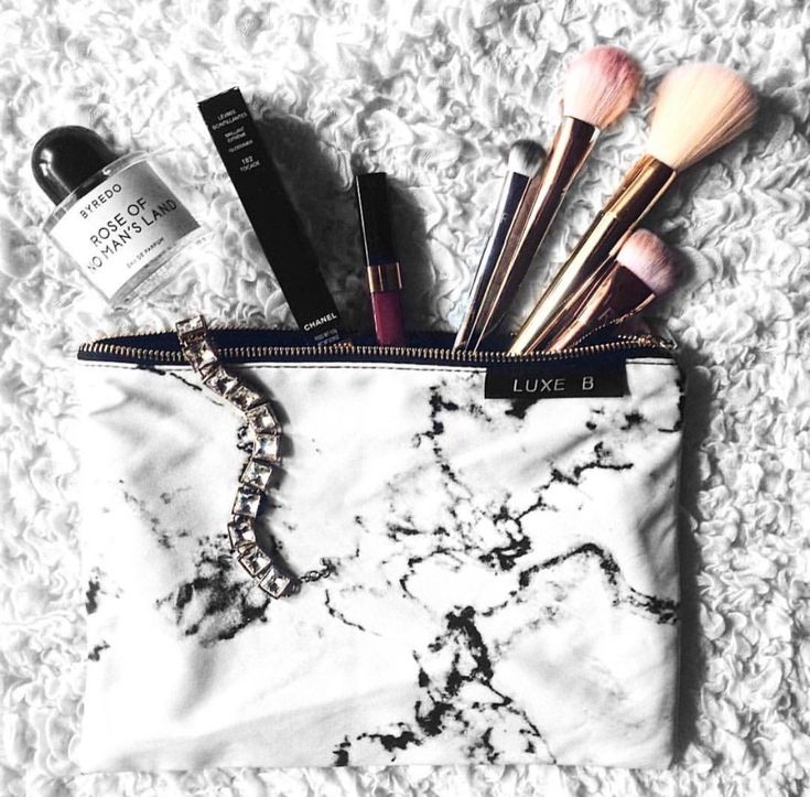 Amazon.com : Luxe B Marble Makeup Bag Travel Makeup Bag Train Case Makeup Cosmetic Case Organizer Toiletry Bag Makeup Brushes Bag Makeup Kit Makeup Bags Large Makeup Bag Cosmetic Bag Marble Case Marble Accessories : Beauty