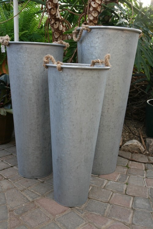 1158 best images about zink on pinterest metal buckets for Galvanized well bucket