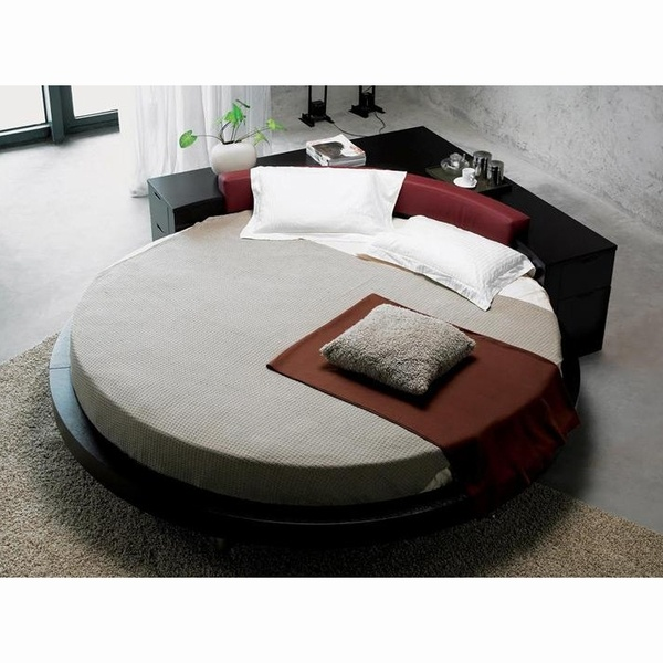 round bed headboard 17 best ideas about beds on luxurious 30228