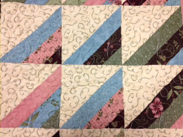 1000+ images about Strip tube quilts on Pinterest Triangle quilts, Quilt designs and Patterns