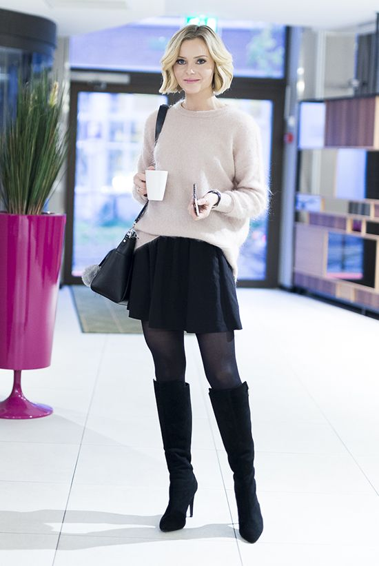 fall / winter - fall outfits - street style - street chic style - casual outfits - blush oversized sweater + black pleated mini skirt + black tights + black tall boots + black shoulder bag
