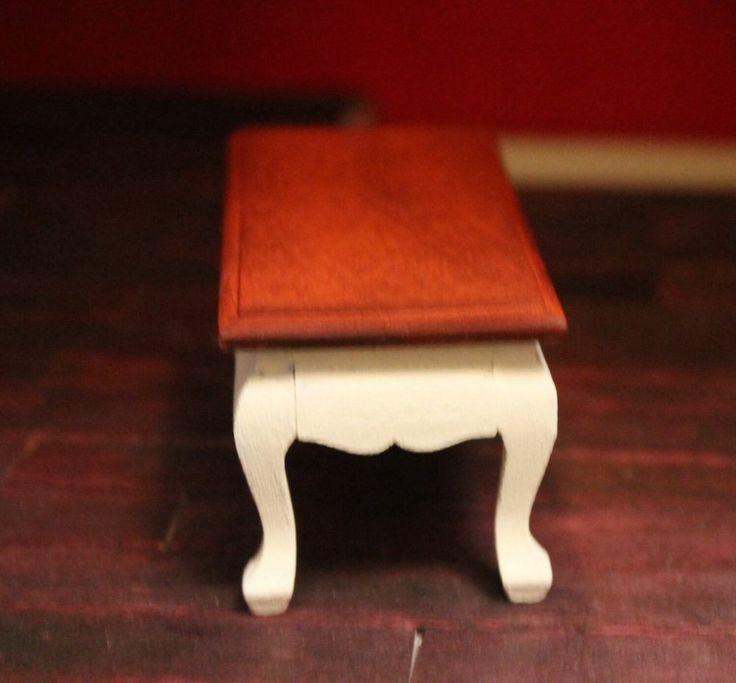 DOLLHOUSE MINIATURE Coffee Table