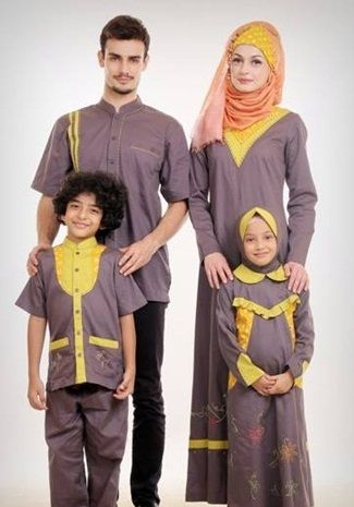 Terlihat Harmonis Dengan Aneka Busana Muslim Keluaraga!! - Maka dengan mengenakan busana yang seragam maka akan terlihat keluarga Anda terlihat lebih kompak...