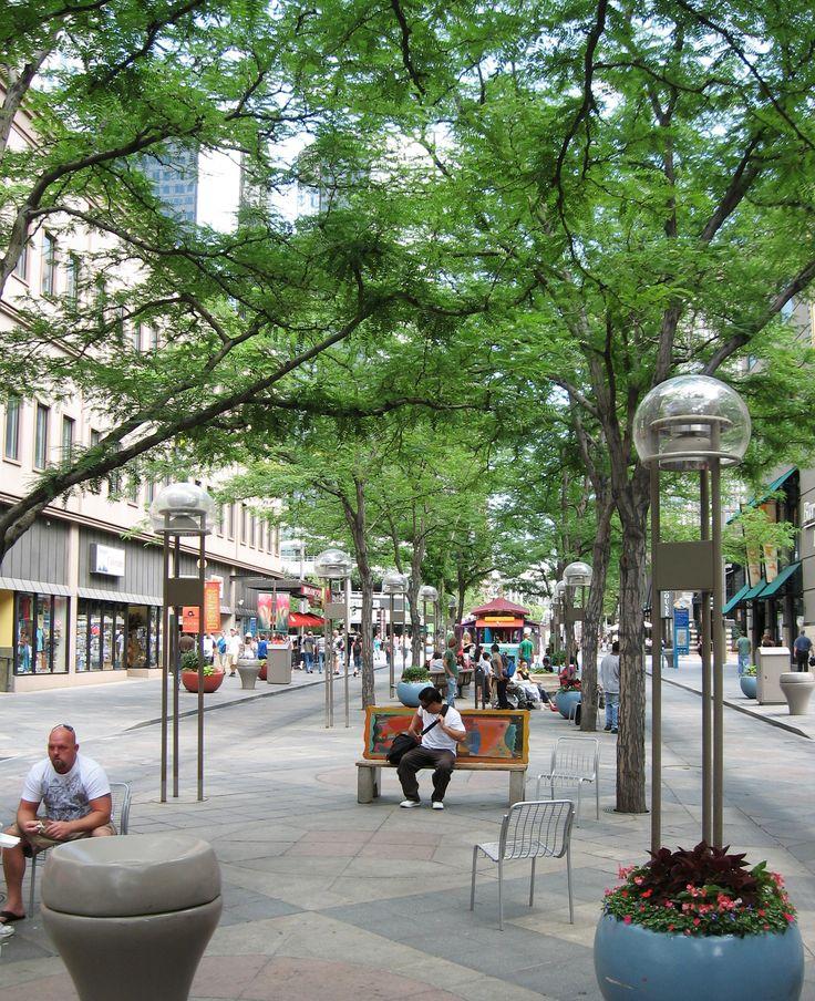 Denver's 16th Street Mall: Custom Suspended Pavement System Turns 32 | DeepRoot Blog