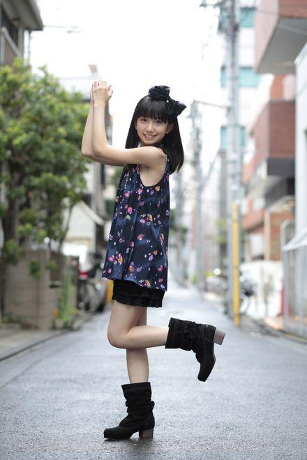 ダークカラーでまとめた大人っぽいスタイル ☆小学生ファッション スタイルの参考コーデ☆