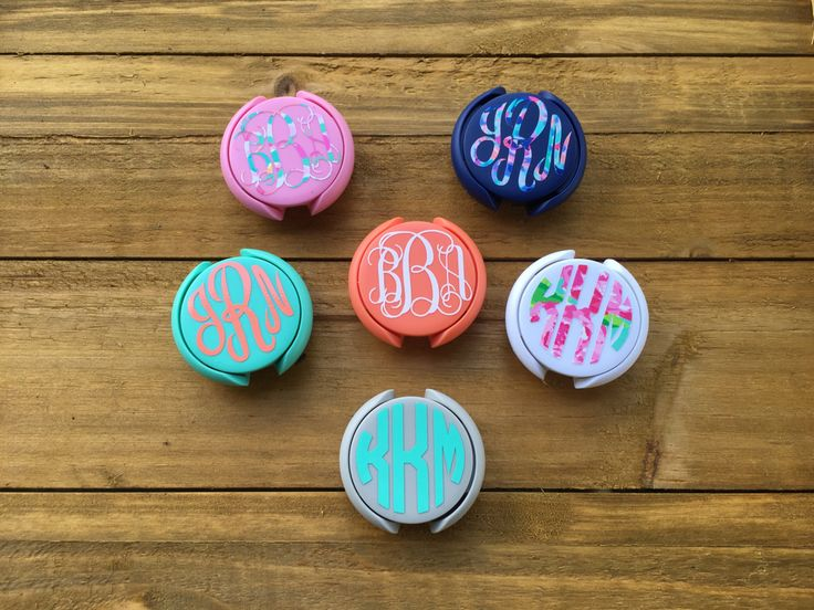 Funky/cute monogrammed stethoscope accessory! (Not totally necessary, but cute!)  Nurse Stethoscope Monogram Tags, Lily Pulitzer Stethoscope Monogram Tag, Nurse Accessories, Stethoscope ID Tag, Nurse Monogram by JamsVinylDesigns on Etsy https://www.etsy.com/listing/474622995/nurse-stethoscope-monogram-tags-lily