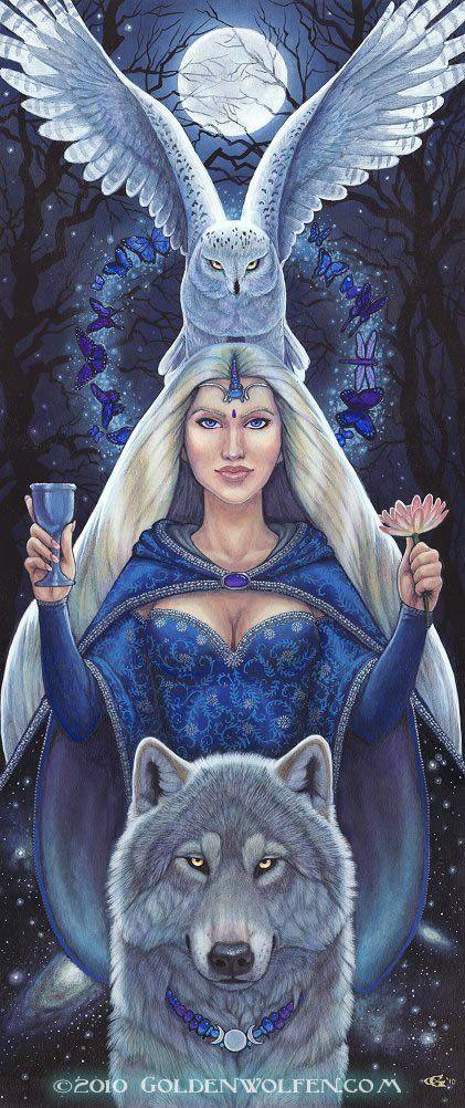 """Arianrhod é a guardiã da """"Roda de Prata"""", ou """"Disco de Prata"""" . Na tradição celta, essa Deusa é vista como Virgem e Mãe, Padroeira da Lua, da Noite, da Sexualidade, da Justiça, da Magia e do Destino."""