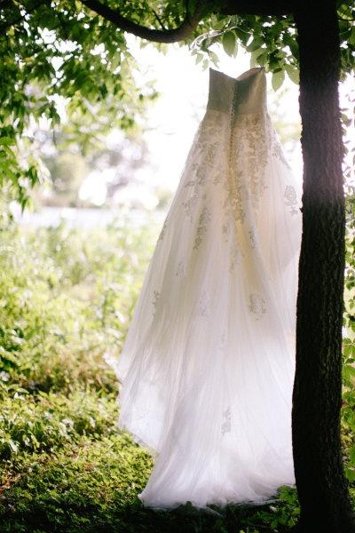 outdoor wedding dress pic....,  Go To www.likegossip.com to get more Gossip News!