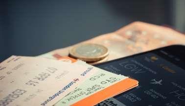 Qual o melhor dia para comprar passagens aéreas mais baratas