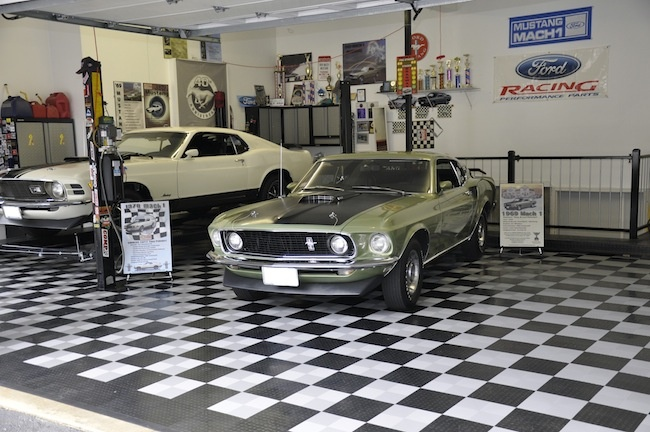 Man Cave Wigan : Best images about dream garage on pinterest ultimate