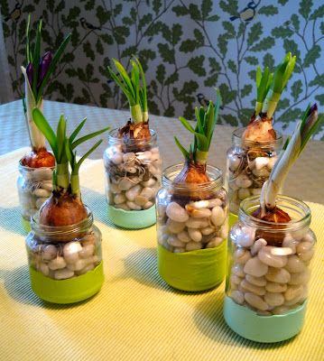 DIY Baby food jar vases... be neat to use for herbs in the kitchen too