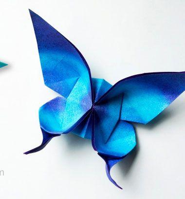 Nem titkoljuk, egyszerűen imádjuk az origamit! Nem csak azért, mert a papírhajtogatással fillérekből készíthetőek ilyen különleges és vidám tavaszi pillangós dekorációk , hanem azért is , mert a látszat ellenére egyáltalán nem nehéz őket elkészíteni ( főleg egy ilyen klassz ...