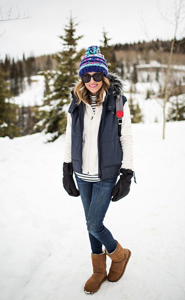 Winter outfit. Women's Hiking Clothing - http://amzn.to/2hJYguZ